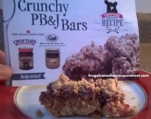 Crunchy-PB-&-Jam-Bars-#HJrecipes
