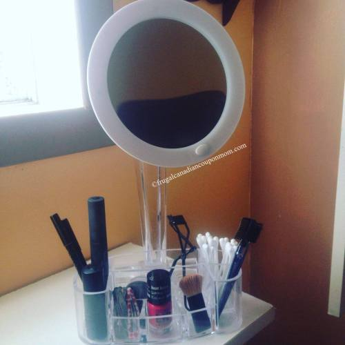 Toilet-Tree-LED-7x-magnified-makeup-mirror